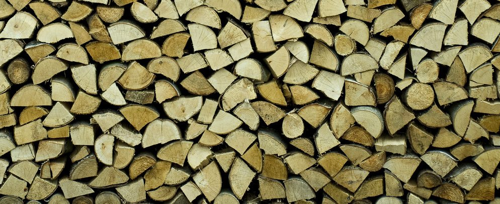 How to Choose the Right Firewood