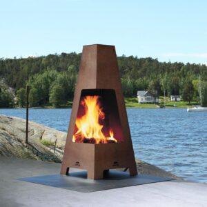 Jotul Terrazza wood burning fire near a lake in the outdoors