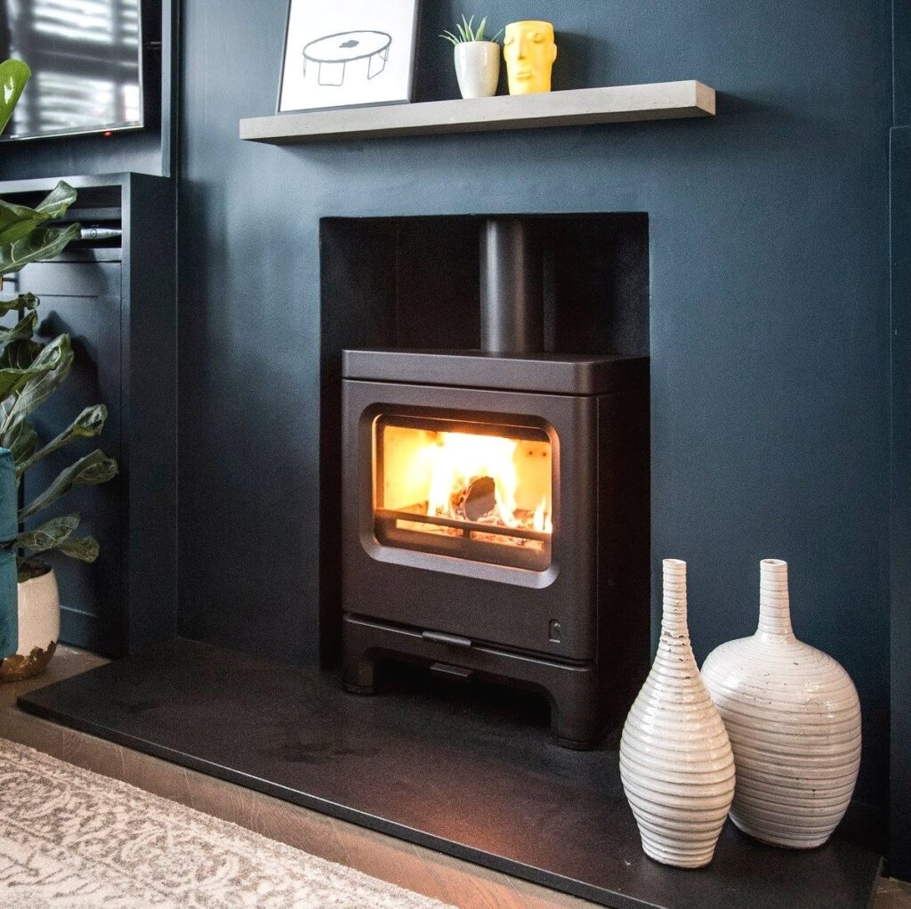gc fires charnwood skye low 5kw closed combustion fireplace multi fuel cast iron 5